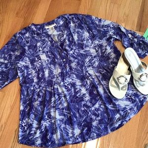 Adorable Blue Top By Cathy Daniels NWT